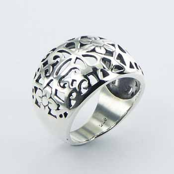 Sterling Silver Ring Fluted Flower Garden Romantic Design