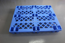 nestable small single face 9 legs 4 way entry plastic pallet