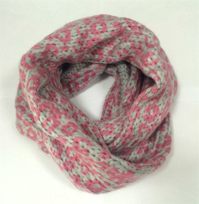 New Attactive Design Girls Knitted Scarf