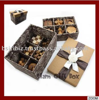 High Quality 3D wooden puzzle with gift box