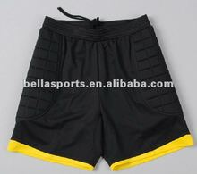 Contrast color binding black Warm professional functional soccer goalkeeper short