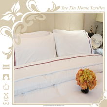 The new casing outside the red embroidered four piece hotel design bedding set