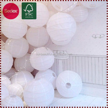 white paper lantern in round shape as wedding favors marriage decoration