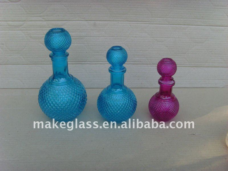 colored glass bottle/glass decanter
