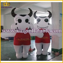 Wholesale Inflatable Cow Animal Cartoon Walking Costume For Adults