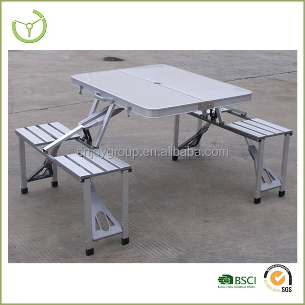 Compact picnic table