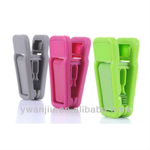 Supply Flocking hanger Mini Clothes Pegs (10pcs/set)