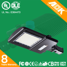 UL DLC Listed Brown 150W LED Parking Lot Light 400W HPS/MH Replacement 480VAC