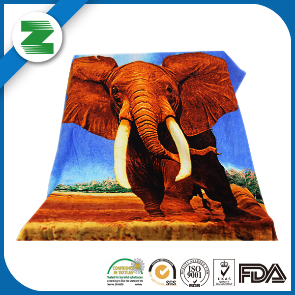 Promotional gift elegant fancy 80X160 bath towel for custom