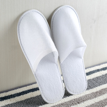 Disposable White Hotel Bathroom Slippers