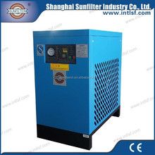 Air flow dryer with refrigerated compressed air dryer