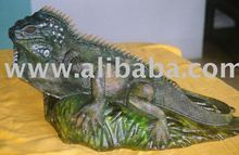 Hand-carved wood Iguana