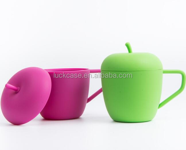 2016 New Product Custom Apple Shape Silicone Drinking Cup/Silicone Soft Cup for Kid