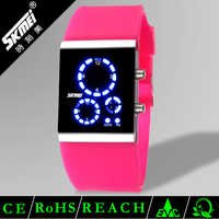 Flashing led children fashionable watches with japan mov