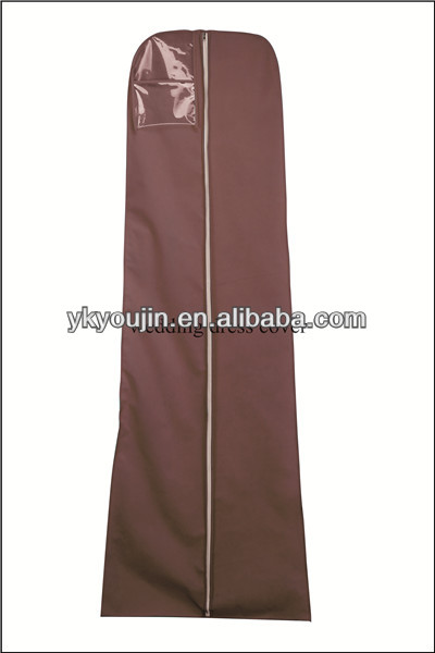 garment bag with pockets