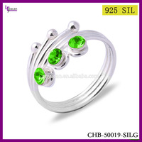 2015 Newest Design Yiwu Factory Make 925 Sterling Silver Green Stone Ring