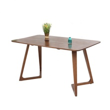 Oak wood dining <strong>table</strong> simple Scandinavian style modern <strong>table</strong> using for banquet