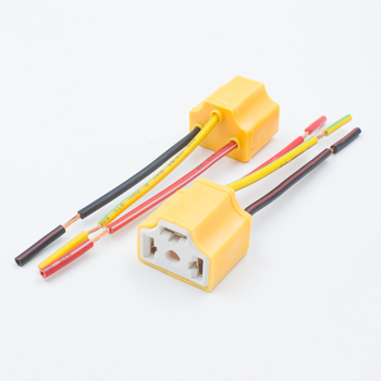 Wholesale 12V 24V ceramic H4 led bulb holder H4 Led headlight bulb Plug Adapter H4 Car Led Fog Light Bulb Socket harness cable