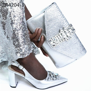 ZR4204 Wholesale sliver color high heel shoe women shape glass perfume bottle for party