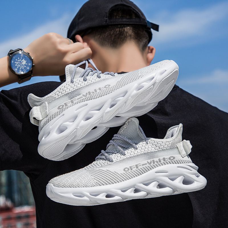 Fall 2021 fly knitting shoes mesh breathable men's sneakers are versatile casual shoes with luminous LACES