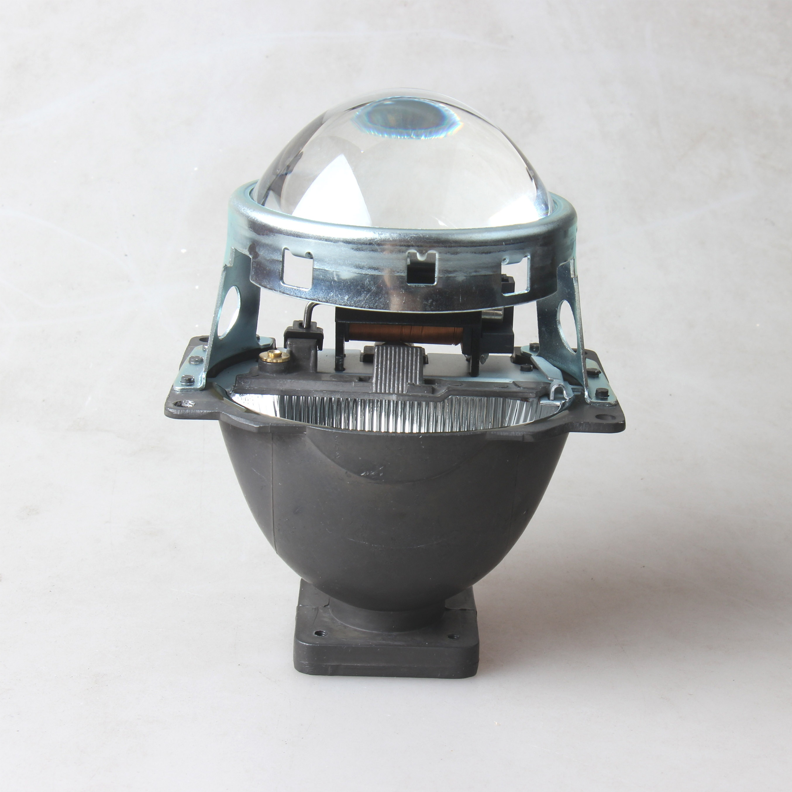 <strong>35W</strong> 3.0 inch Q5 HID Bi-Xenon Projector Len <strong>D1</strong>/D2