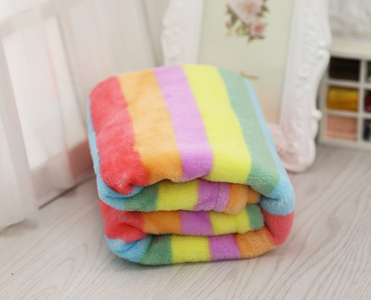 Pet Blanket Warm Dog Cat Fleece Blankets Sleep Mat Pad Bed Cover with Rainbow Print Pattern Soft Blanket for Kitten Puppy