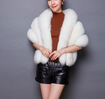 Winter Women Capes Ponchos Overcoat Faux Fur Jacket Mink Hair Collar Bolero Bridal Shawl Faux Fur Wrap Wedding Cape