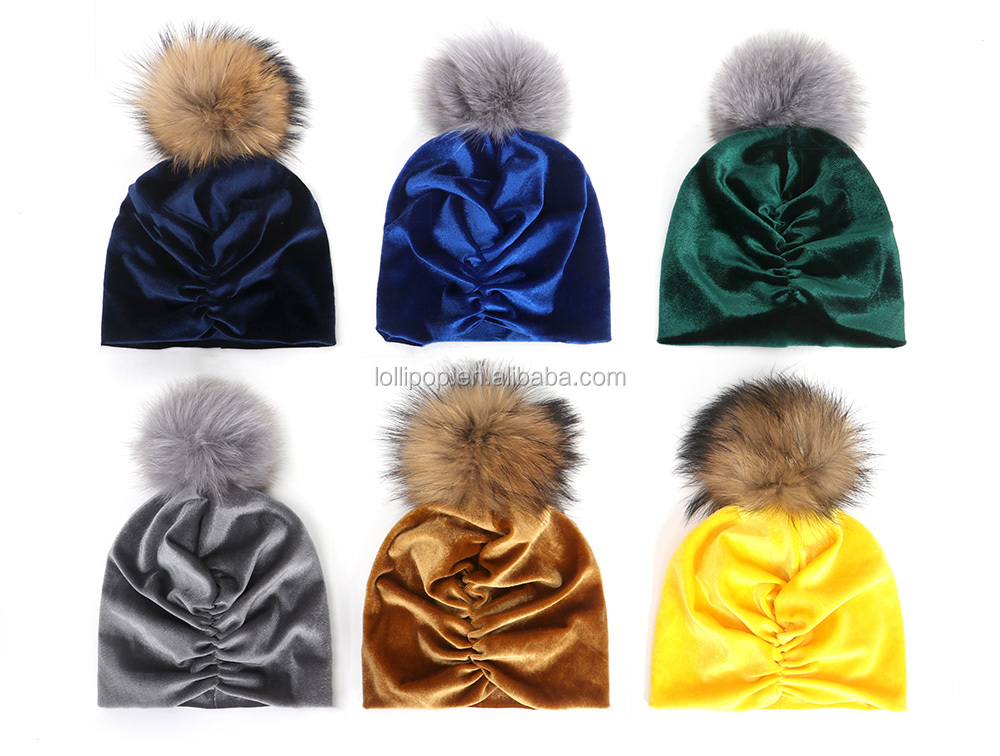 Wholesale Winter Beanie Baby Pleuche Hats Solid Color Plain Baby Hat with Pompom