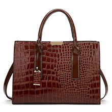 Amazon latest ladies crocodile pattern pu leather bags 2019 new <strong>designs</strong> of women handbags