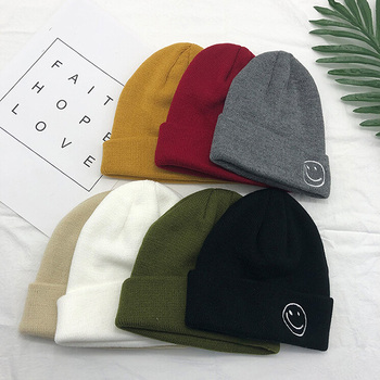 Wholesale Acrylic Winter Knitted Cap Custom Embroidered Beanie