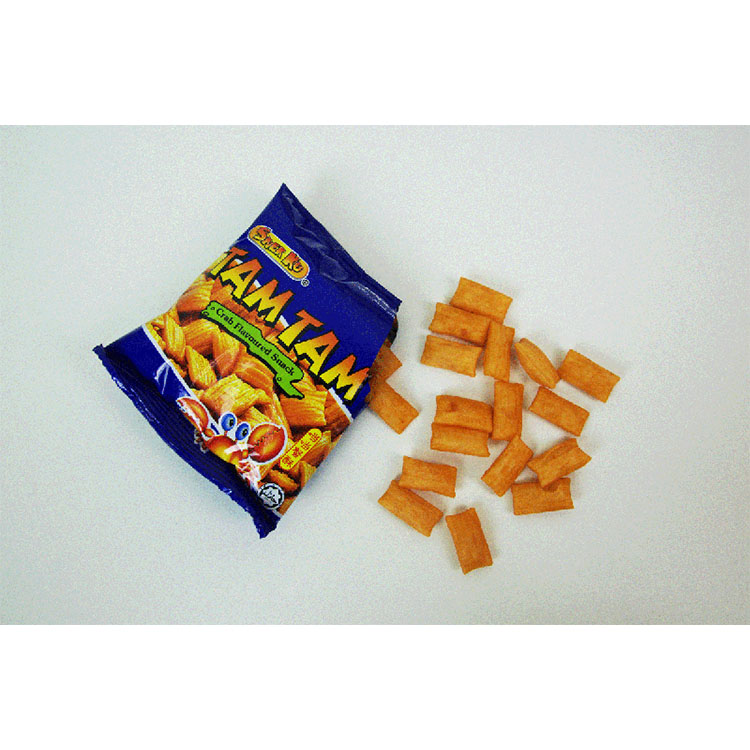 Packing Malaysian snacks with rice shrimp and crab powder granules