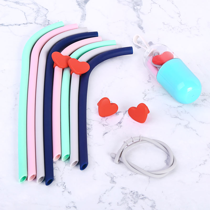 Vantic Portable New Collapsible Reusable Foldable Silicone Drinking Straws With Case Capsule
