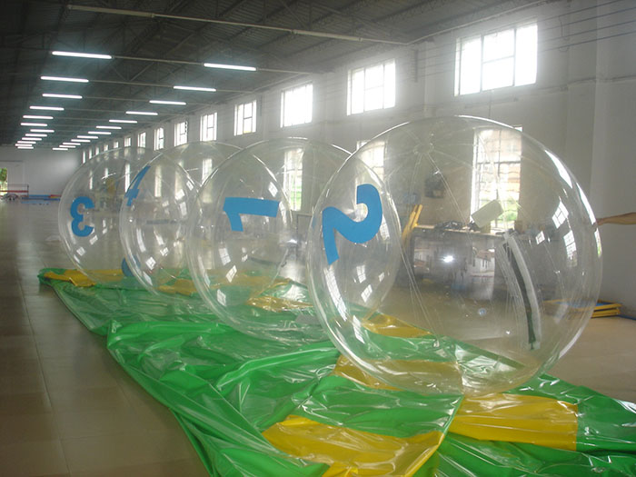 Inflatable Walking On Water Bubbles Balls Inflatable Toys