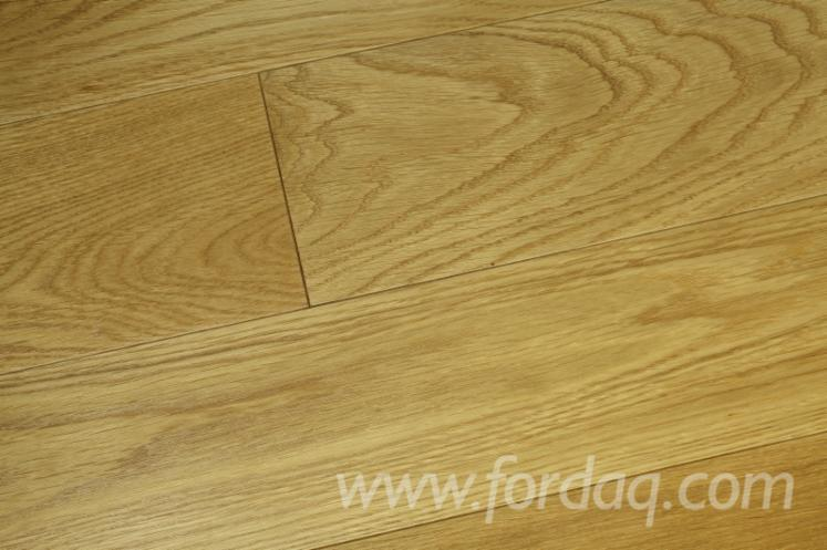 Oak solid wood floor
