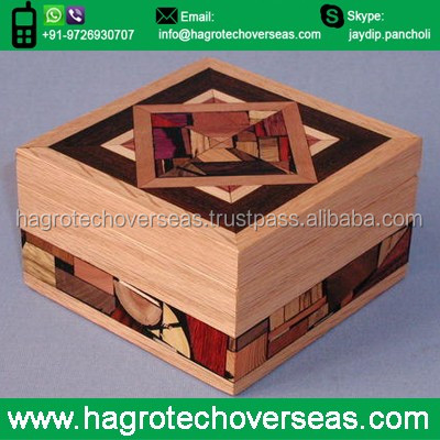 wholesale small Natural wooden gift box with lock