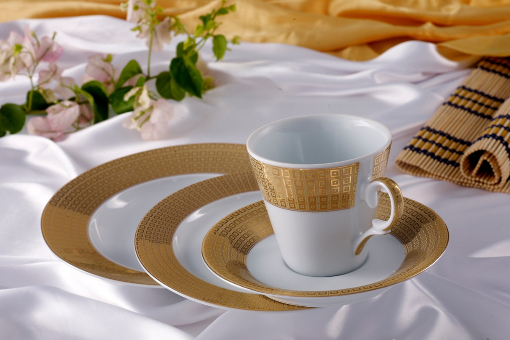 Porcelain Table Ware