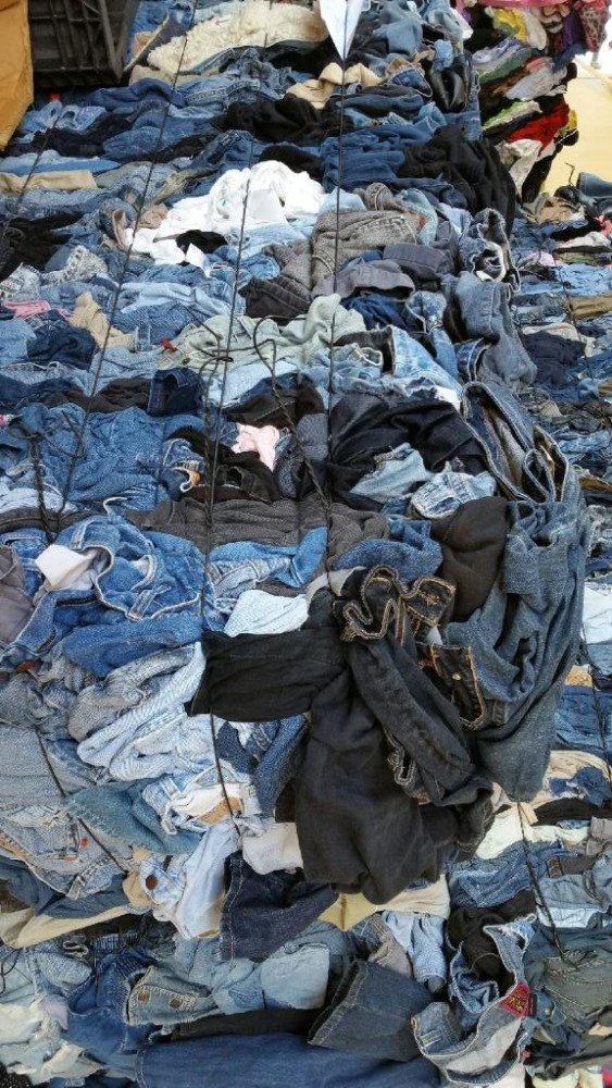 Baled Assorted Jeans 9,000 lbs