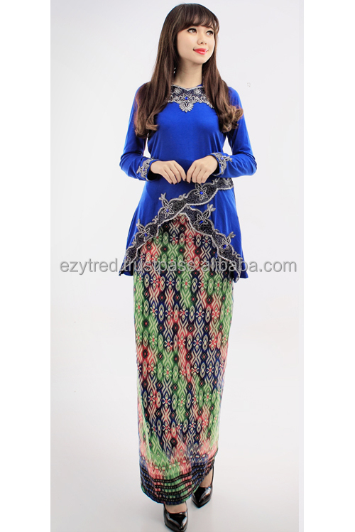 2 Pieces Asymmetric Retro Top with Songket Printed Kebaya Dress