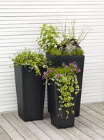 Planter in poly rattan, hide pot with plastic container, outdoor furniture