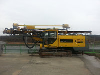 Used crawler drill machine ATLAS COPCO ROC L8 64