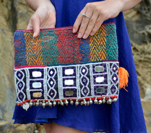 Indian CLUTCH VINTAGE BANJARA KANTHA OLD COINED PURSE