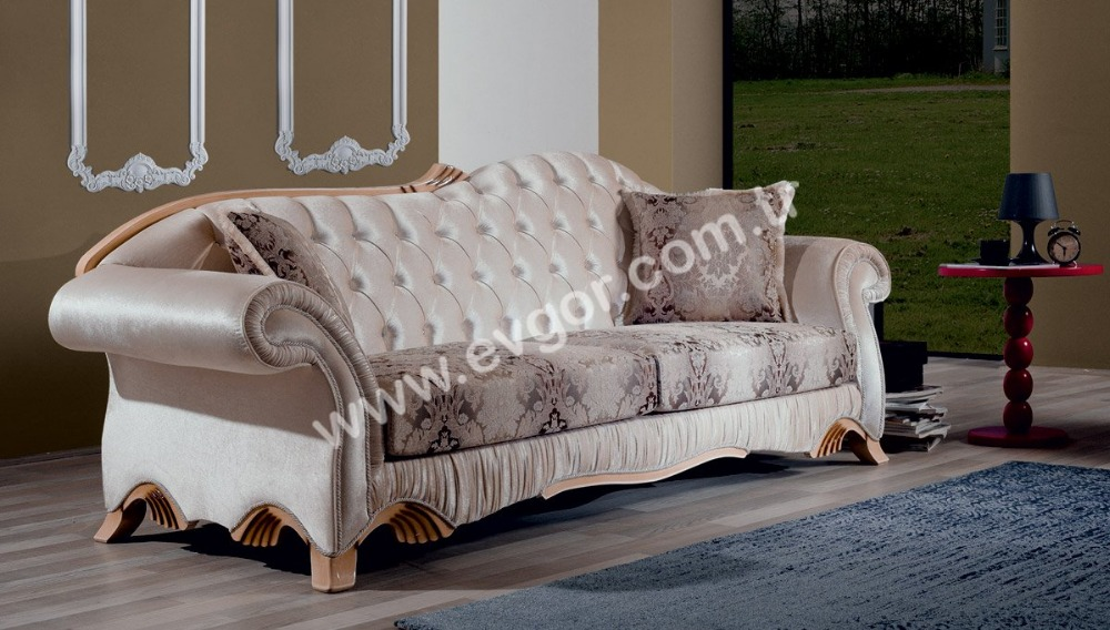 Royalist Classic Sofa Set