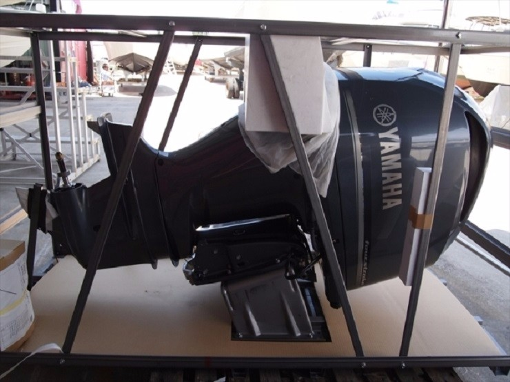 FREE SHIPPING FOR USED YAMAHA 300 HP 4 STROKE OUTBOARD MOTOR