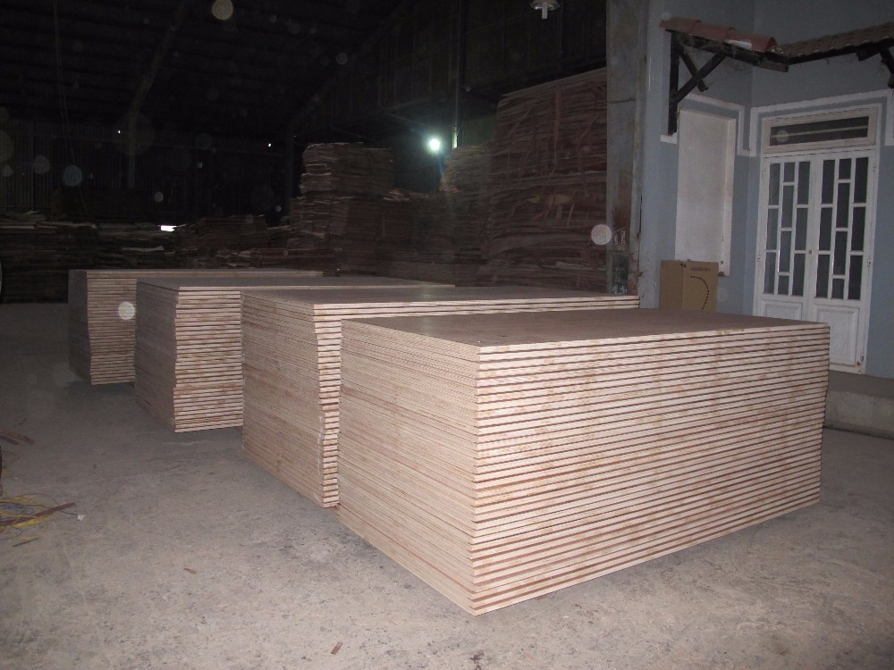 18MM THICKNESS WITH MELAMINE GLUE/ CONSTRUCTION PLYWOOD/ FIRST CLASS MATERIAL