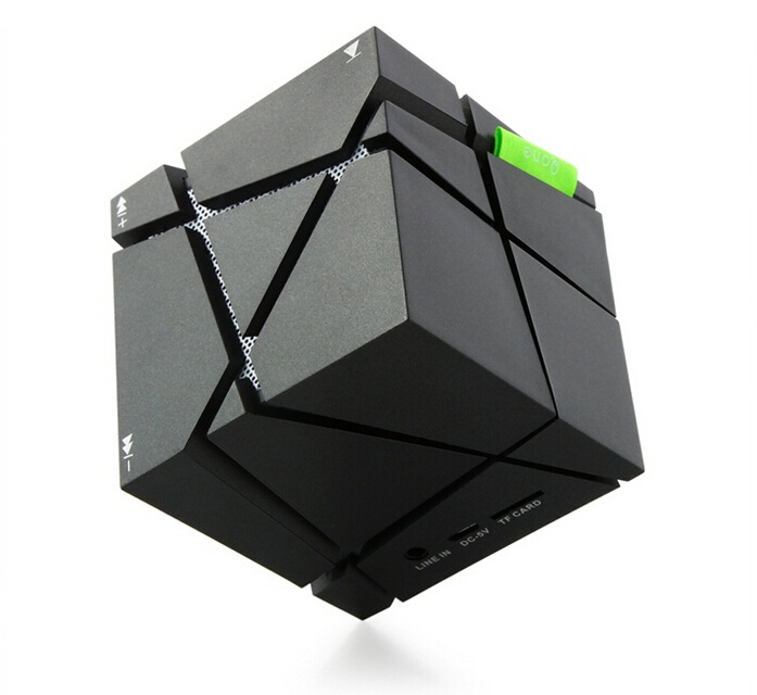 Qone magic cube 3D portable music wireless mini speaker mini bluetooth portable speaker aux box with led design made in china