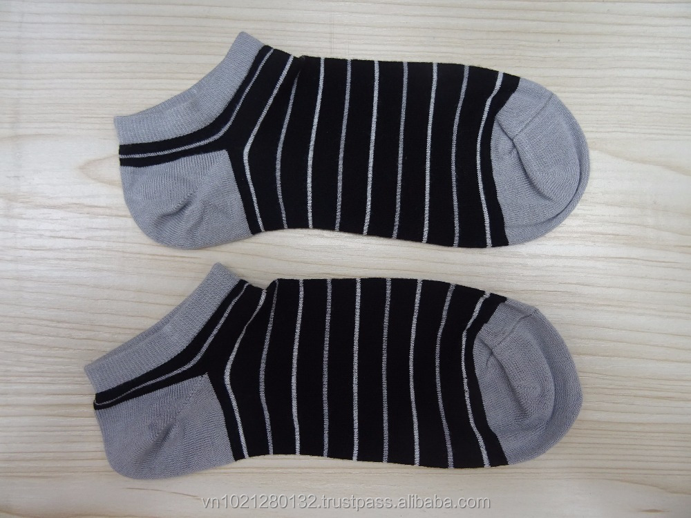 Logo Available Indoor Trampoline Low Ankle Socks For Men