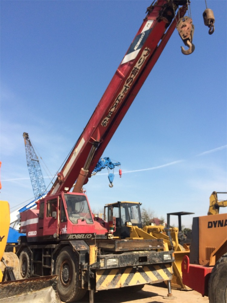 JAPAN RK250 KOBELCO 25 TON USED ROUGH TERRAIN CRANE