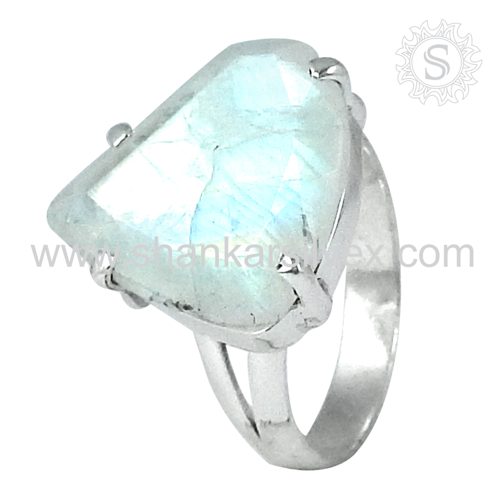 Bewitching Blue Sheen Rainbow Moonstone 925 Sterling Silver Ring Wholesaler Handmade Silver Jewelry