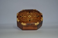 Octagonal Thuya wood Box , hanmaded by moroccan craftsmen