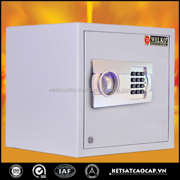 hotel safe with resistant locking bolt - hs35